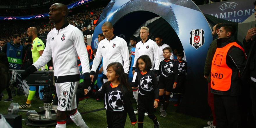 ''Napoli yarı finali görür! 4 puan büyük başarı''