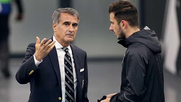 Beşiktaş'ta ''Maestro'' ilk 11'de