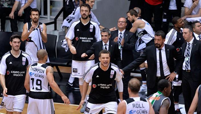 Beşiktaş Sompo Japan İzmir'e gitti