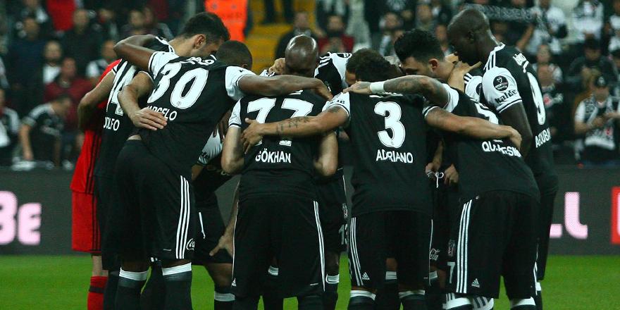 Beşiktaş paslarda ikiye katladı