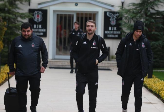 Konyaspor maçı kadrosu belli oldu! Tosic ve Larin...