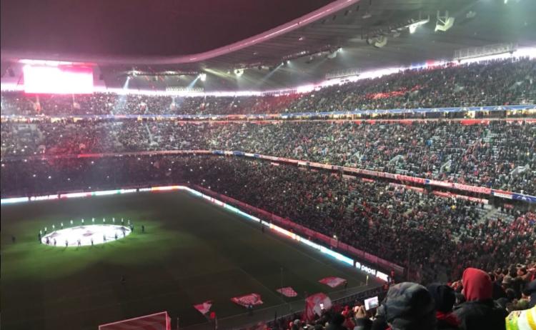 Bayern Münih'ten Türkçe pankart!