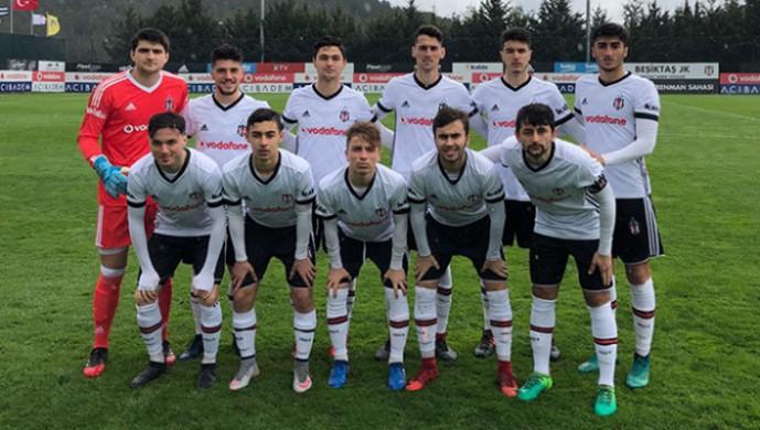 Beşiktaş'ın gençlerinden 9 kişilik zafer!