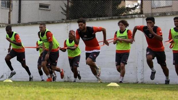 Adanaspor hazırlık maçında 3 gol yedi