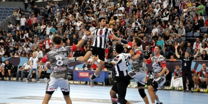 Beşiktaş Mogaz, TTH Holstebro'ya mağlup oldu