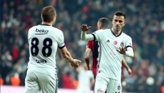 """Beşiktaş Yönetimi'nden Oğuzhan'a: """"Arsenal'i sen hallet"""""""