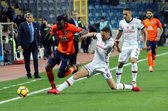 Şampiyonlar Ligi Beşiktaş'ı sarstı! Tam 21 puan...