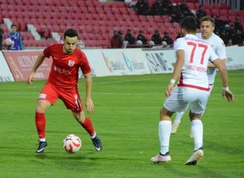 Sedat Şahintürk, gollerine devam ediyor!