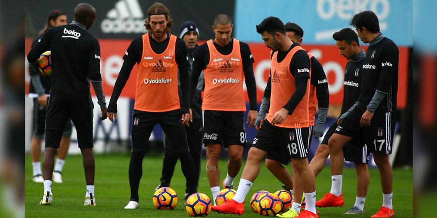 Beşiktaş'ta gol yüzdesi için taktik provalar