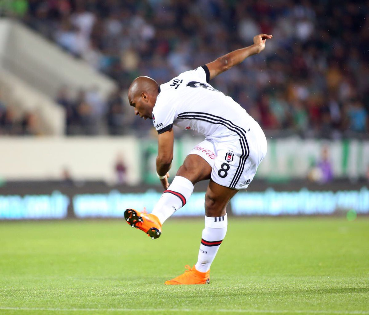 Babel'den Feyenoord iddialarına yanıt