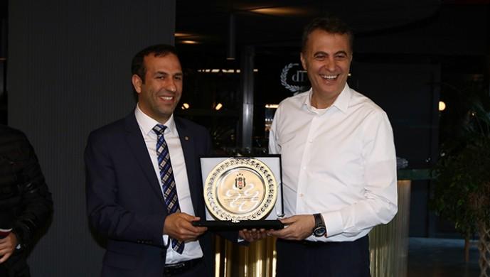 Beşiktaş ve Yeni Malatyaspor yönetimleri dostluk yemeğinde bir araya geldi