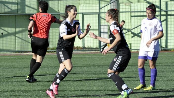 Dişi Kartallardan Kdz.Ereğli'ye 4 gol