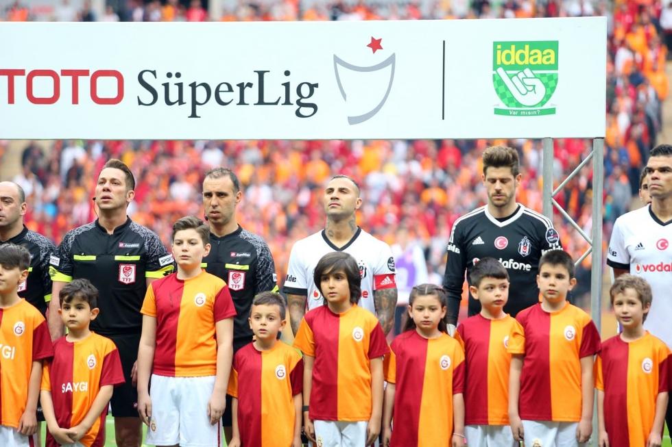"""""""Beşiktaş, rakipleri güçlenirken zayıfladı"""""""