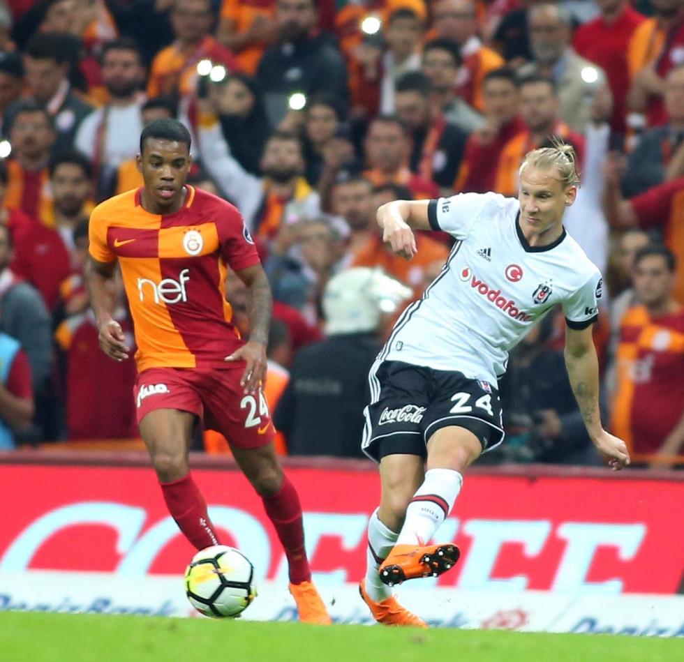 """""""Maçın kırılma anı penaltı, kırmızı kart"""""""