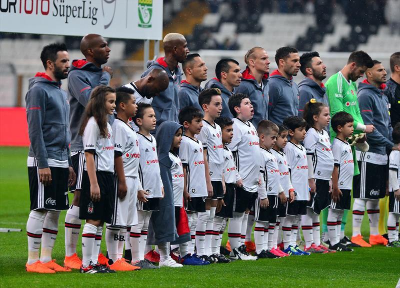 Beşiktaş-Kayserispor maçı için yazılan 16 köşe yazısı