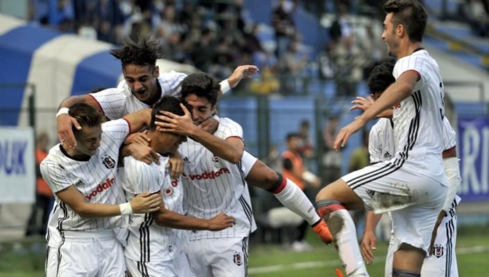 Beşiktaş'ın Genç Takımı Benfica'ya hazırlanıyor