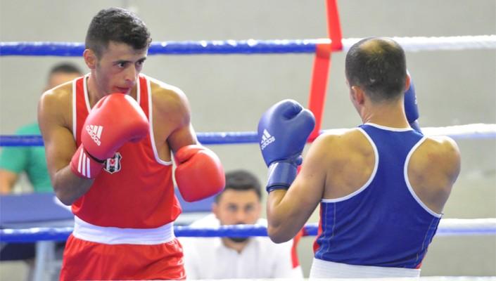 Beşiktaş'ın boks takımı çifte şampiyon