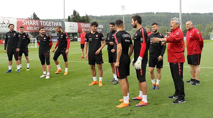 """Lucescu: """"Yeni bir iskelet oluşturuyoruz"""""""