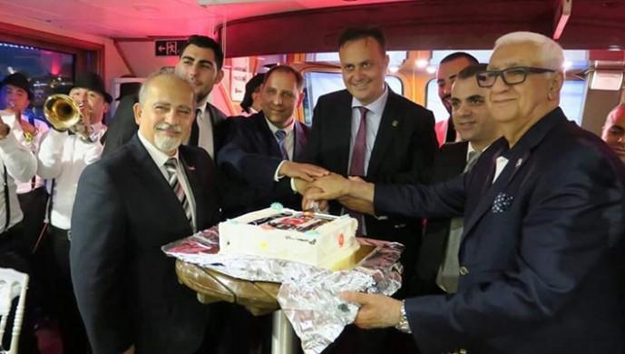 Hakan Özköse Kapalıçarşı Beşiktaşlılar Derneği'nin iftar davetine katıldı