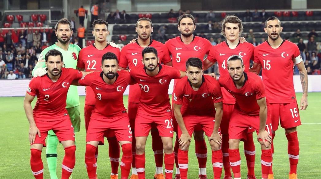 Cenk Tosun attı Türkiye kazandı
