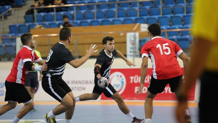 Beşiktaşlı hentbolculara Milli davet