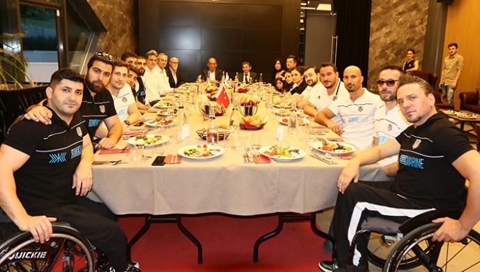 Beşiktaş RMK Marine iftar yemeğinde buluştu