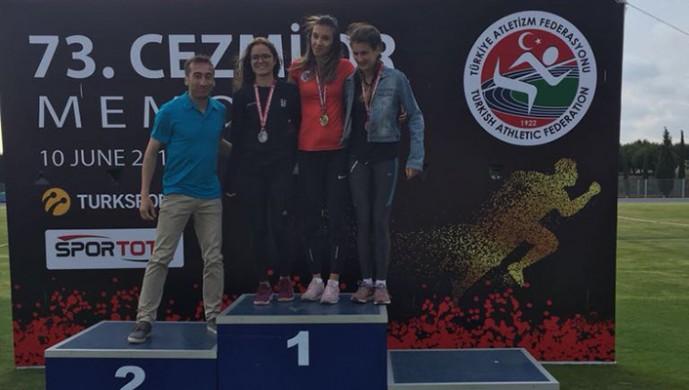 Beşiktaş Atletizm Takımından Kadriye Aydın Türkiye Şampiyonu oldu