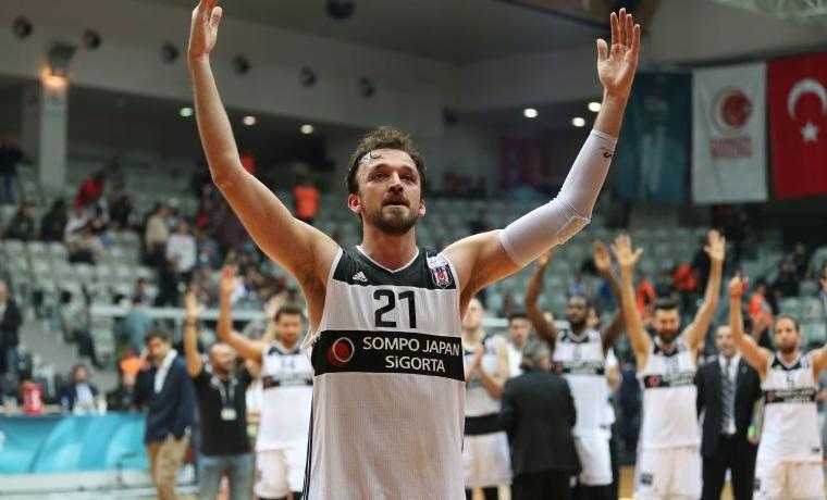 Sertaç Şanlı'dan Beşiktaş'a veda ve teşekkür mesajı!