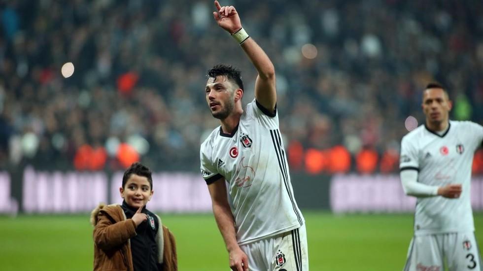 Beşiktaş'tan, Stuttgart'a Tolgay Arslan yanıtı!