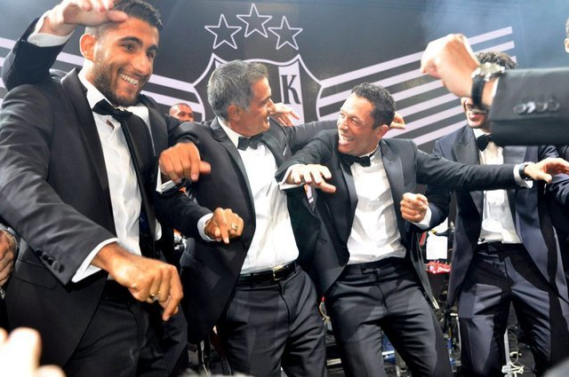 TARİHTE BUGÜN   Beşiktaş, şampiyonluğu balo ile kutladı!