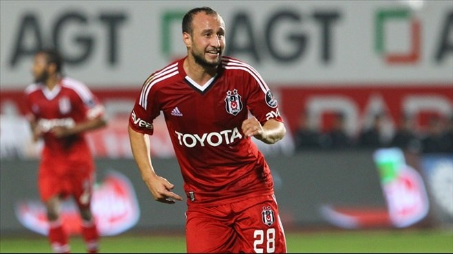 Eski Beşiktaşlı Mehmet Akgün'ün yeni adresi belli oldu