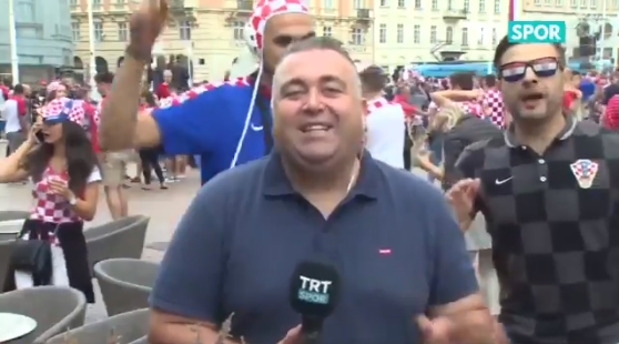 Hırvat taraftarlardan Beşiktaş tezahüratı (VİDEO)