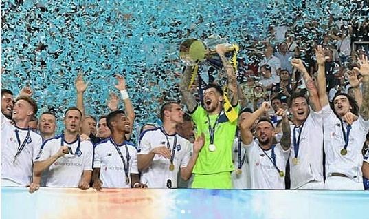 Beşiktaş'tan Dinamo Kiev'e giden Boyko, ilk kupasını kazandı