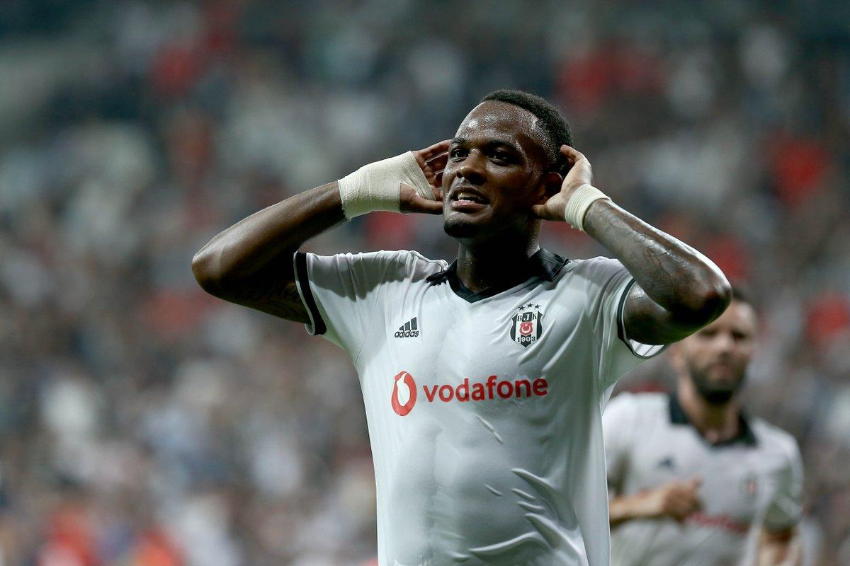 Beşiktaş'ta gözler Larin'de