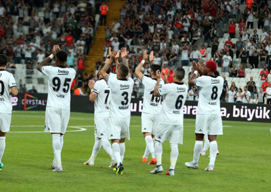 FLAŞ | Galatasaray, Beşiktaşlı oyuncuya talip oldu iddiası