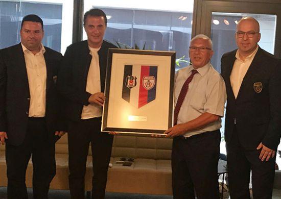Altınordu Futbol Kulübü Başkanı Seyit Mehmet Özkan'dan Fikret Orman'a ziyaret