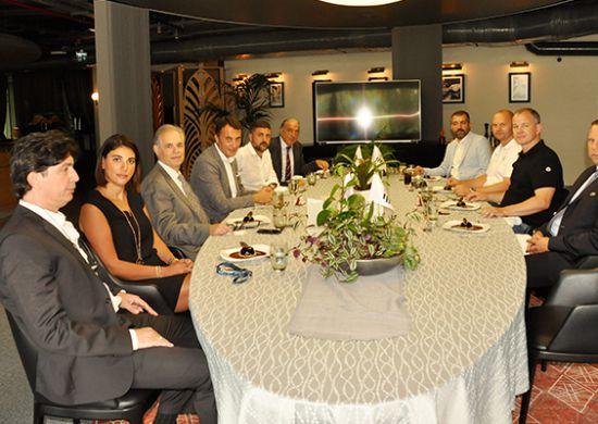 Beşiktaş'tan UEFA ve LASK Linz heyetlerine dostluk yemeği