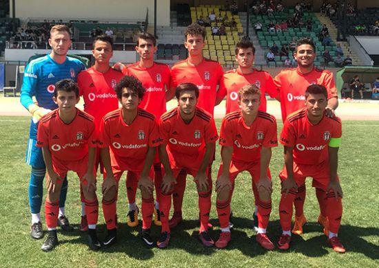 Beşiktaş U-19 Takımı Akhisarspor'la berabere kaldı