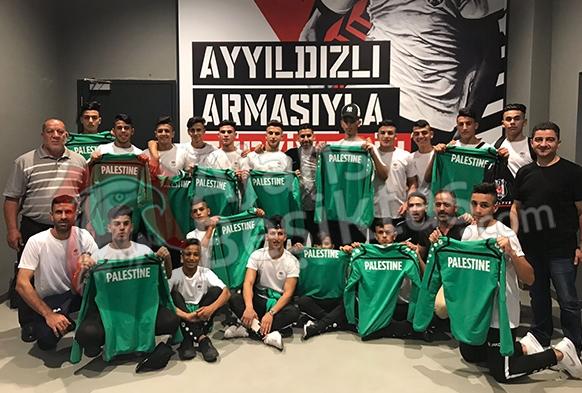 Filistin'den Beşiktaş'a destek!