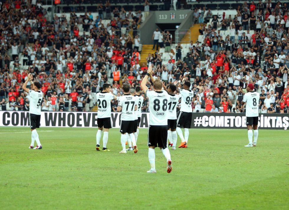 """""""Beşiktaş'ın çok acil bir şekilde santrfora ihtiyacı var."""""""