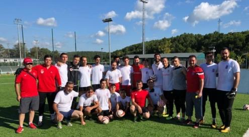 Beşiktaşlı futbolculardan, U23 Görme Engelliler Milli Takım antrenmanına ziyaret
