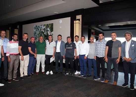 Erzurumspor Başkanı Mevlüt Doğan'dan Beşiktaş'a ziyaret