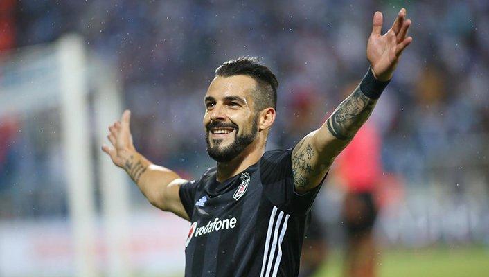 Beşiktaş'tan, Negredo'ya doğum günü kutlaması