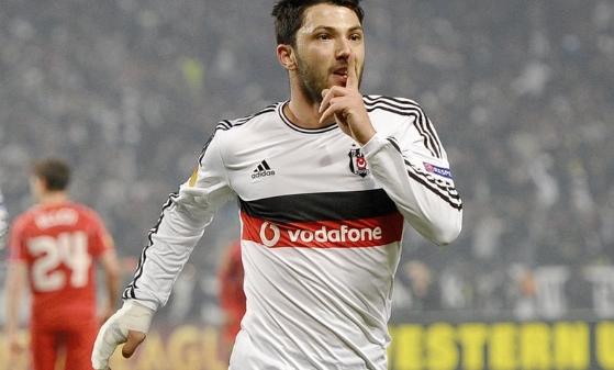 Tolgay'dan 3 sene sonra gol!