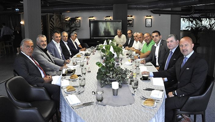 Beşiktaş'tan UEFA ve Partizan heyetlerine dostluk yemeği