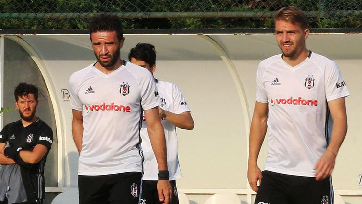 Beşiktaş'a Gökhan Gönül ve Caner Erkin'den müjde
