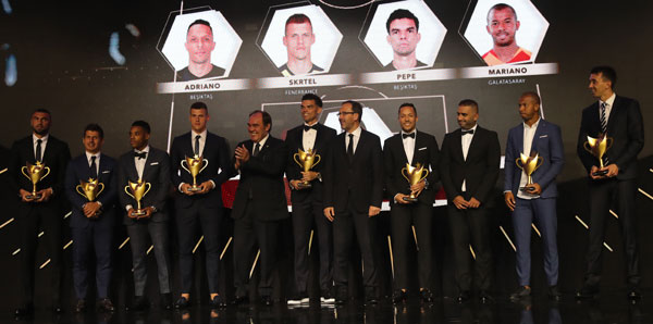 Ödül gecesi İspanyol basınında!