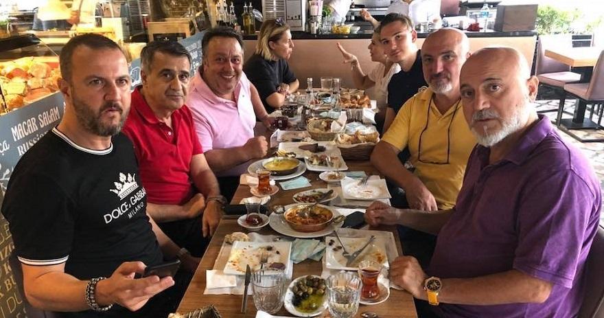 Şenol Güneş, Hikmet Karaman ve İsmail Türüt kahvaltıda buluştu