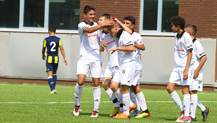 Beşiktaş:5 - Fenerbahçe:2 (U-14)