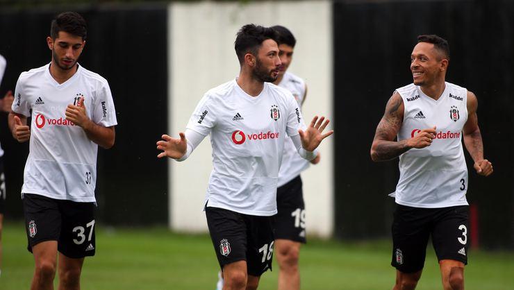 """Beşiktaş'tan Tolgay Arslan açıklaması: """"Süresiz kadro dışı"""""""